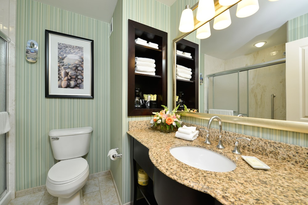 Bathroom, Atlantic Oceanside Hotel & Conference Center