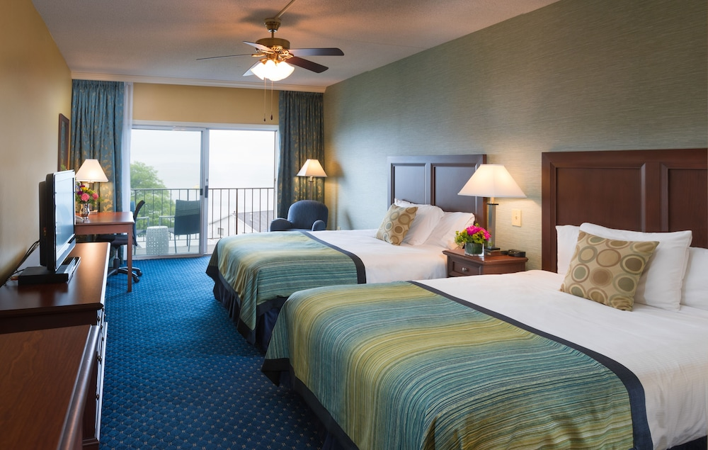 Room, Atlantic Oceanside Hotel & Conference Center