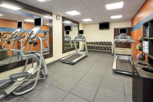 Fitness Facility, Hampton Inn Peoria-East At The River Boat Crossing
