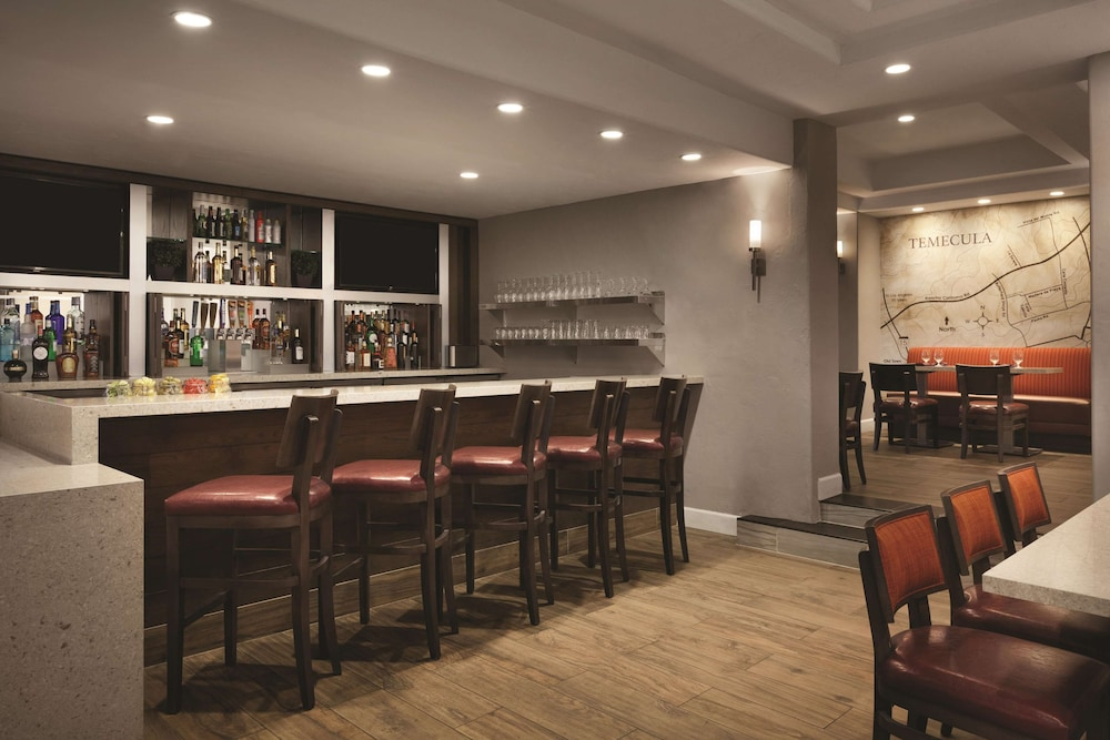 Bar, Embassy Suites by Hilton Temecula Valley Wine Country