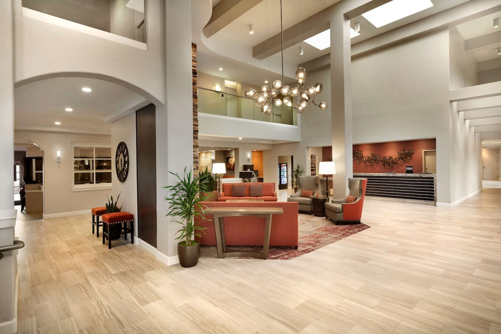 Lobby, Embassy Suites by Hilton Temecula Valley Wine Country