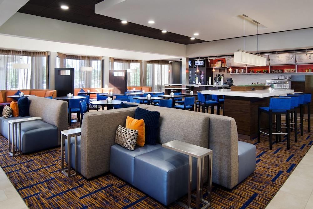 Courtyard By Marriott Kansas City Overland Park Metcalf 2018 Pictures Reviews Prices Deals Expedia Ca