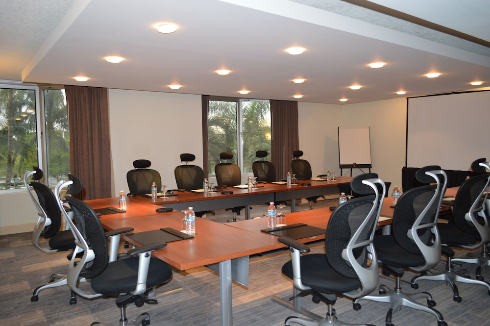 Meeting Facility, Pullman Miami Airport