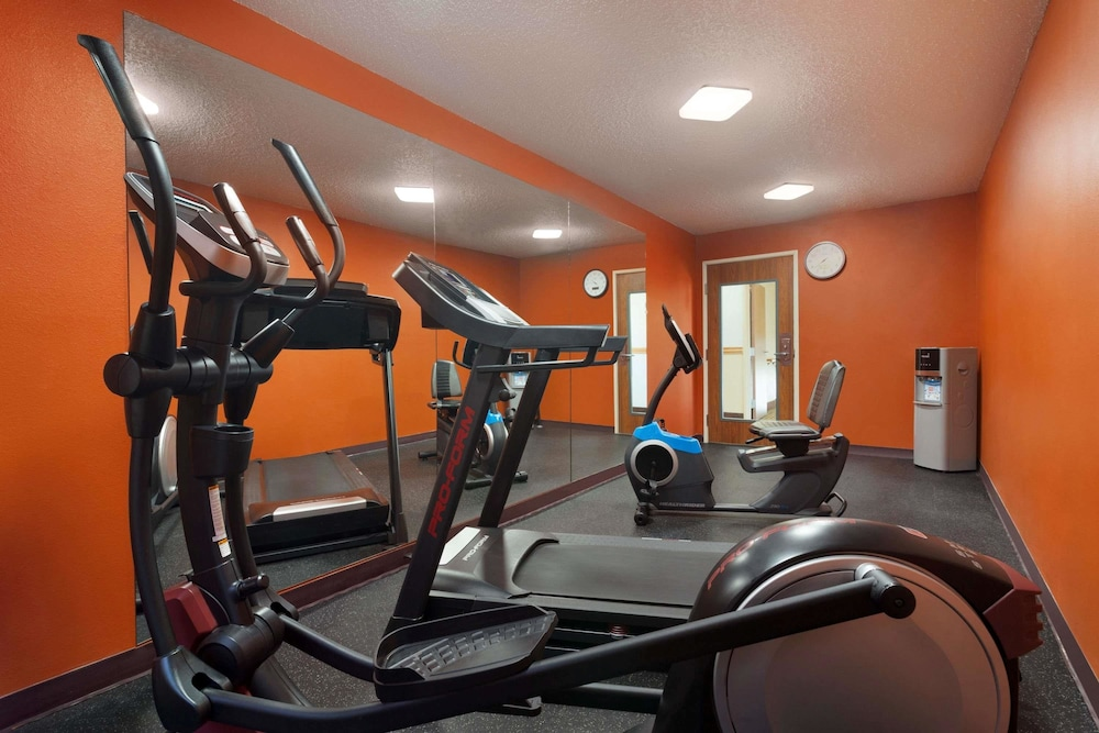 Fitness Facility, Baymont by Wyndham Salina