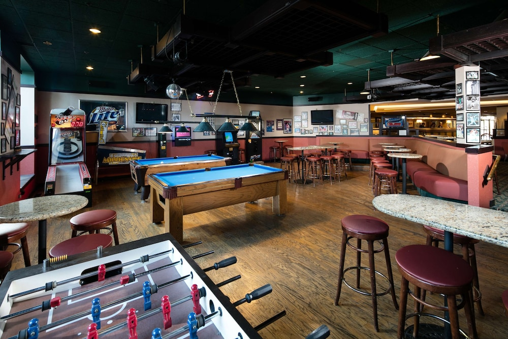 Bar, Red Lion Hotel Boise Downtowner