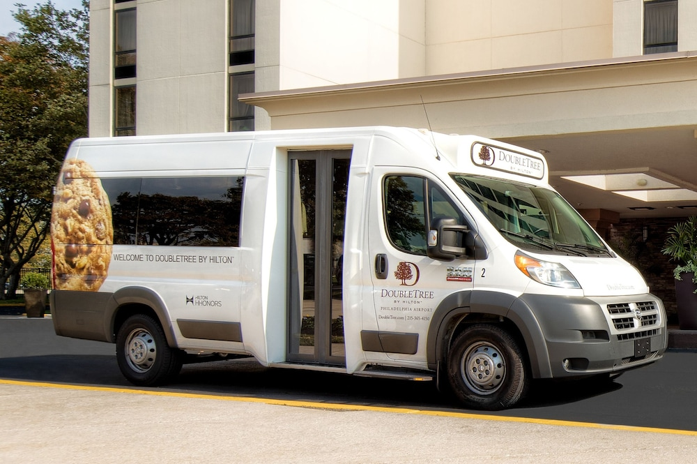 Airport Shuttle, Doubletree by Hilton Philadelphia Airport