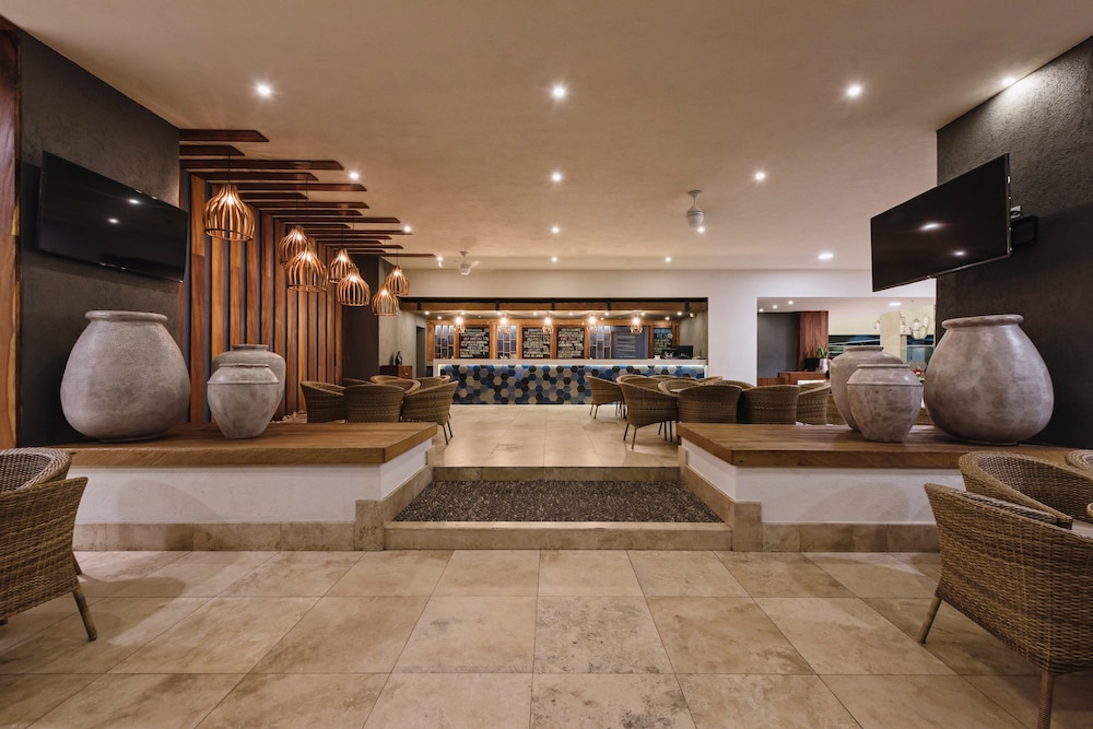 Lobby, Sheraton Buganvilias Resort & Convention Center