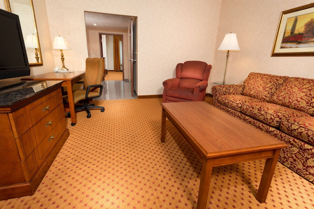Room, Drury Inn & Suites Sikeston, MO