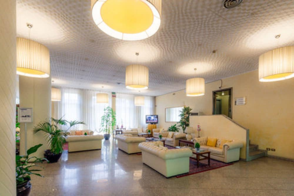 Lobby Sitting Area, Best Western Air Hotel Linate