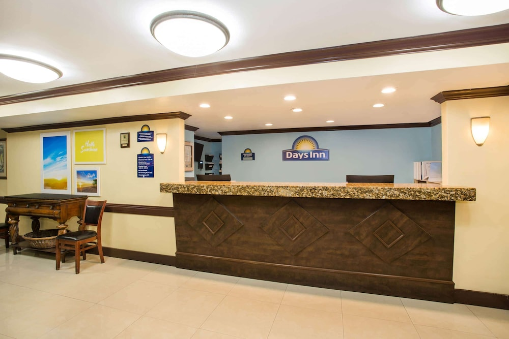 Lobby, Days Inn by Wyndham Florida City