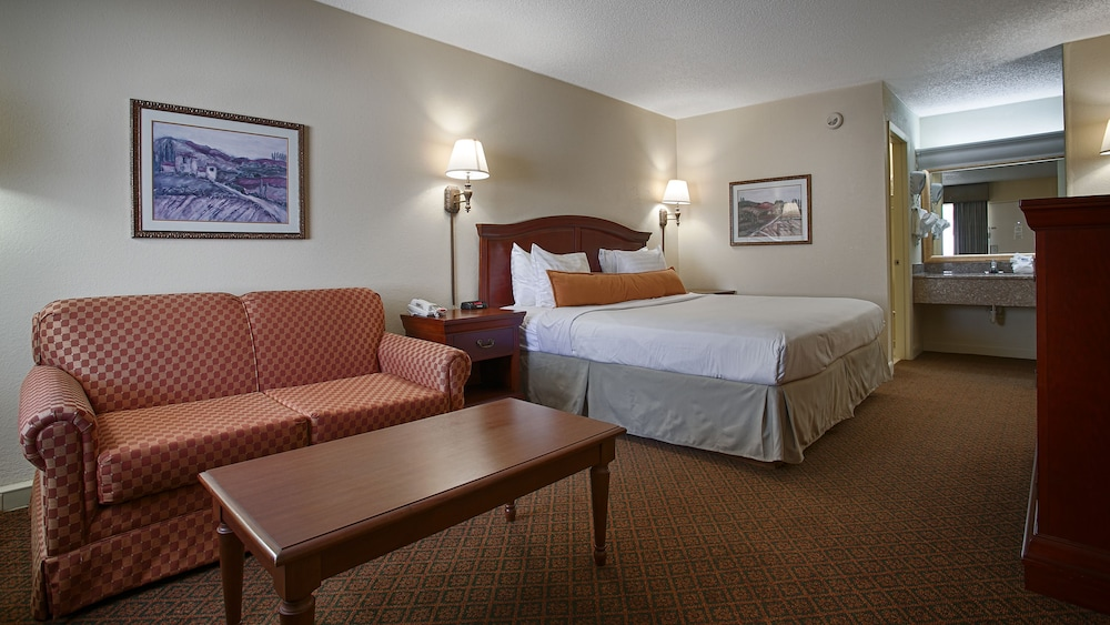 Room, Best Western Point South
