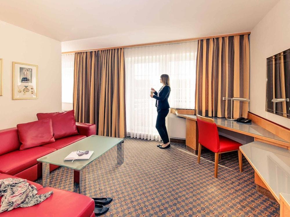 Koln Hotel Expedia