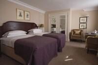 Macdonald Bear Hotel (40 of 55)