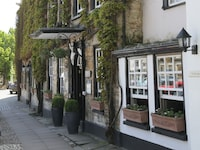 Macdonald Bear Hotel (14 of 55)