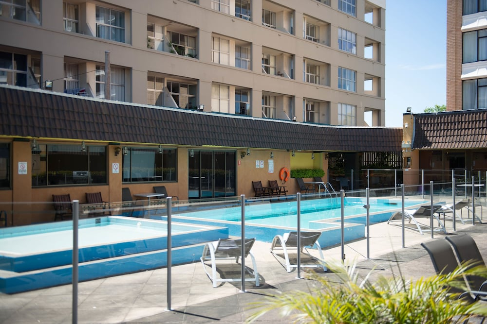 Rydges Camperdown In Sydney Hotel Rates Reviews On Orbitz