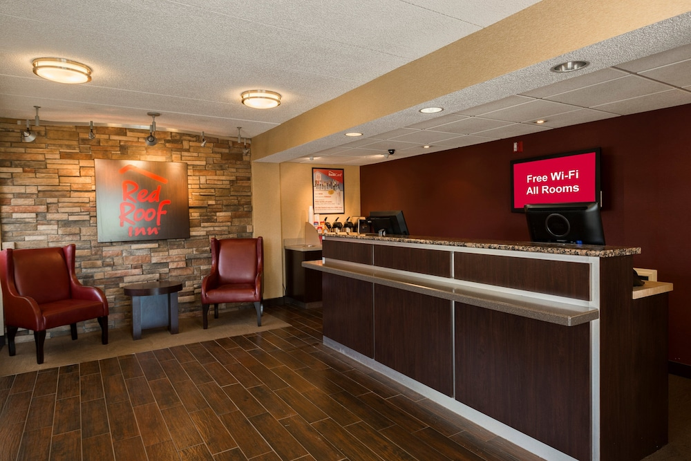 Lobby, Red Roof Inn Rockford