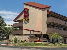 Red Roof Inn PLUS+ St Louis - Forest Park/ Hampton Ave