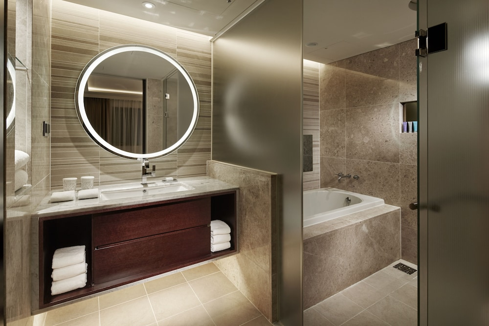 Bathroom, Royal Hotel Seoul