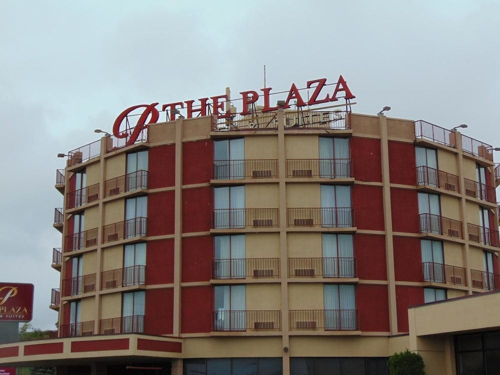 Building design, Plaza Hotel And Suites