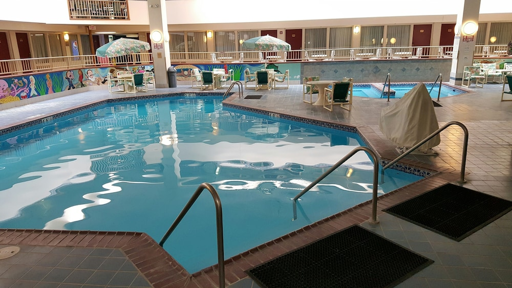 Indoor Pool, Plaza Hotel And Suites