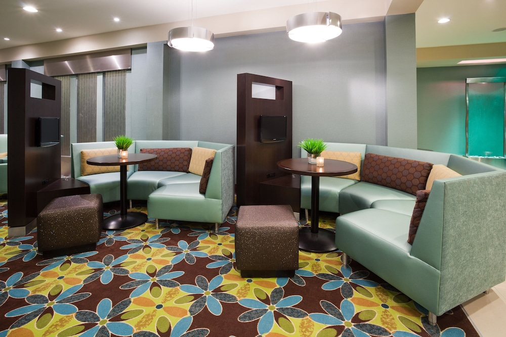 Bar, Holiday Inn & Suites Pointe-Claire Montreal Airport