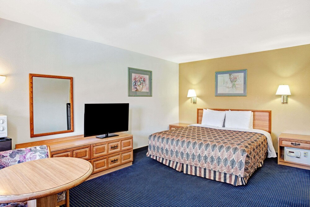 Room, Travelodge by Wyndham Banning CA Near Casino/Outlet Mall