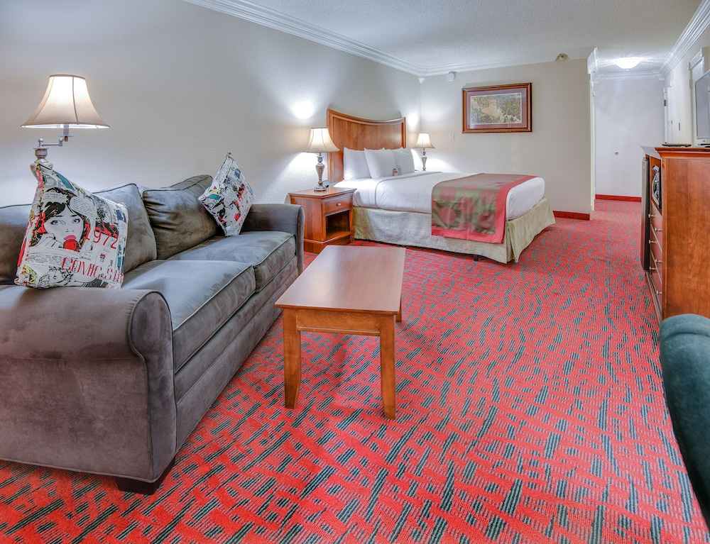 Ramada By Wyndham Metairie New Orleans Airport New