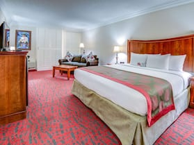 Ramada by Wyndham Metairie New Orleans Airport