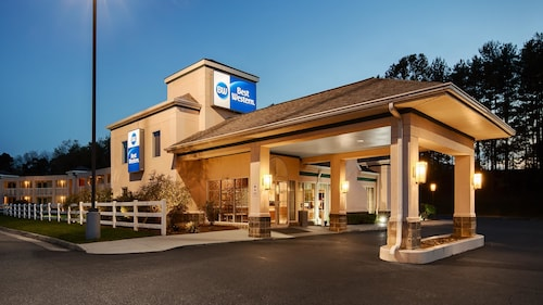 Check Expedia for Availability of Best Western Lexington Inn