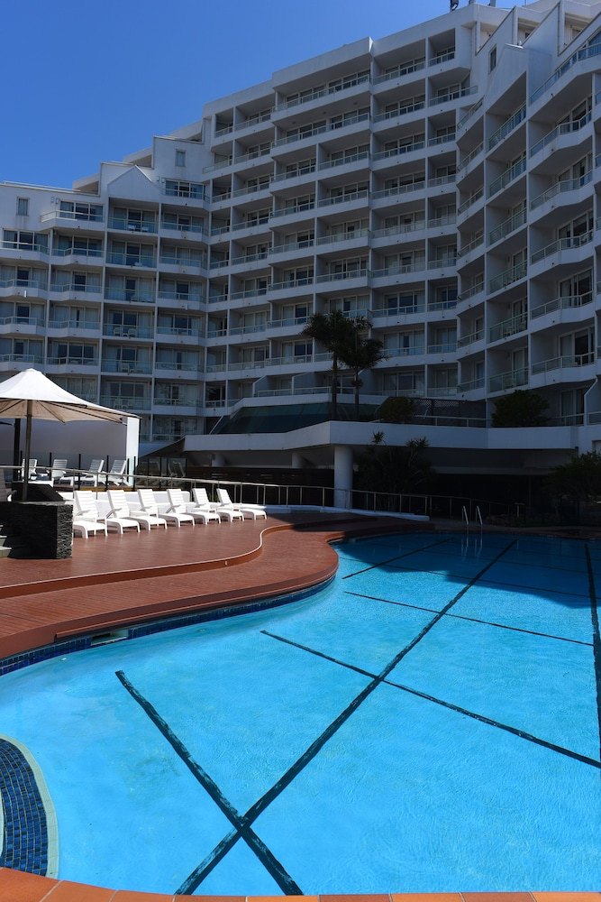 Novotel sydney brighton beach in sydney hotel rates reviews on orbitz for Hotels in brighton with swimming pool
