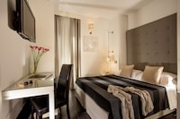 Double Room, Annex Building (Via del Corso 81)