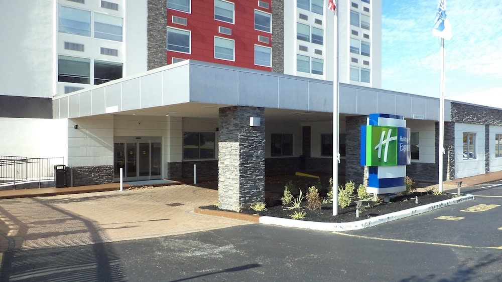 Featured Image, Holiday Inn Express Richmond - Midtown