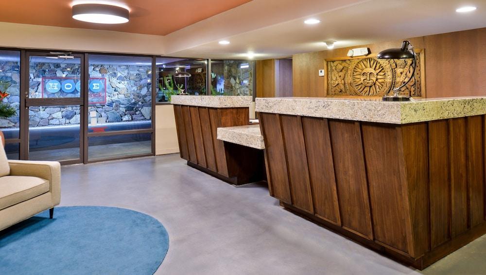Magnuson Hotel Papago Inn in Phoenix | Hotel Rates & Reviews on Orbitz