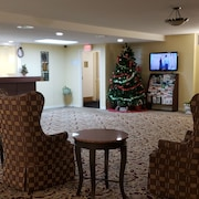 Gold Star Inn & Suites