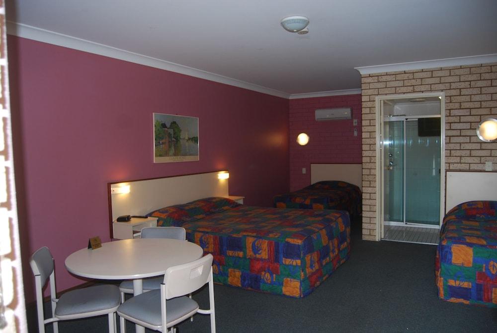 Dubbo Motel Family Room