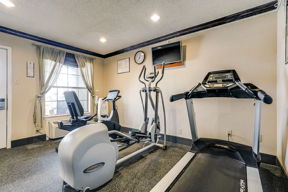 Fitness Facility, Quality Inn & Suites Dallas-Cityplace