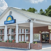 Days Inn by Wyndham Jonesville