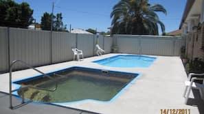 8 outdoor pools