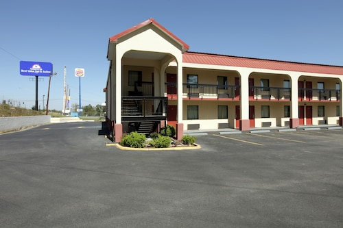 Check Expedia for Availability of Americas Best Value Inn & Suites-Macon/Eisenhower Parkway