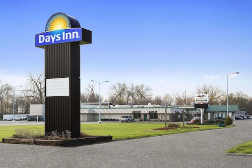 Check Expedia for Availability of Days Inn by Wyndham Rock Falls