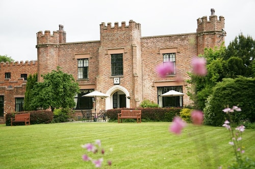 Crabwall Manor Hotel and Spa