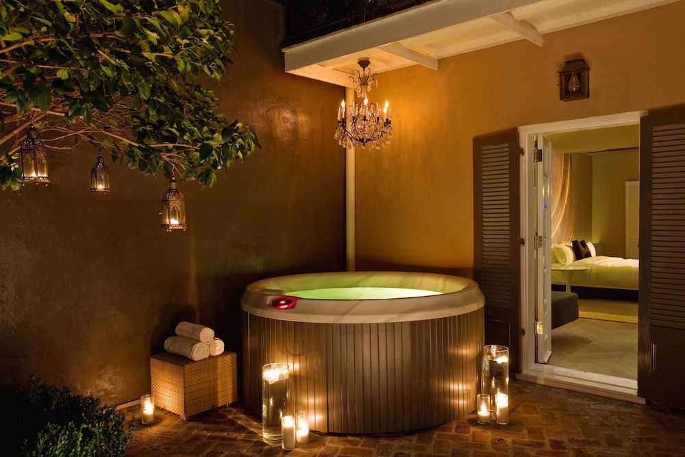 Private Spa Tub, W New Orleans - French Quarter