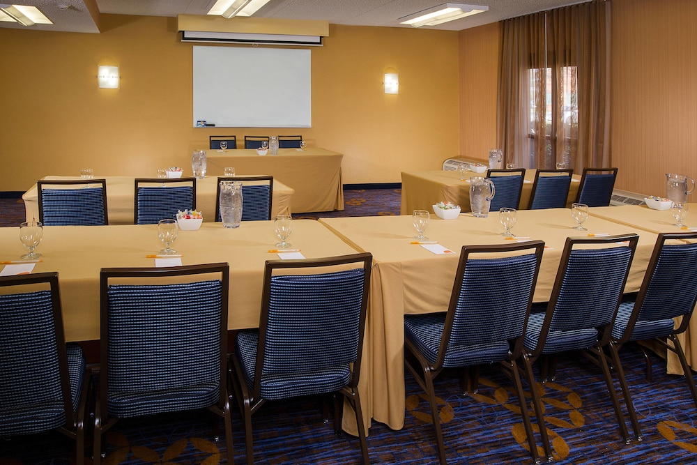 Meeting Facility, Courtyard by Marriott Baltimore Hunt Valley