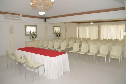 Meeting Facility, Holiday-beach Resort and Casino Curacao