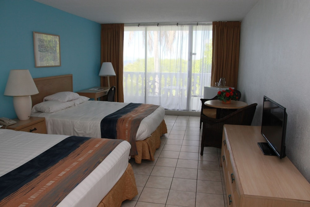 Room, Holiday-beach Resort and Casino Curacao