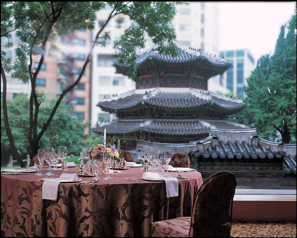 Outdoor Dining, The Westin Josun Seoul