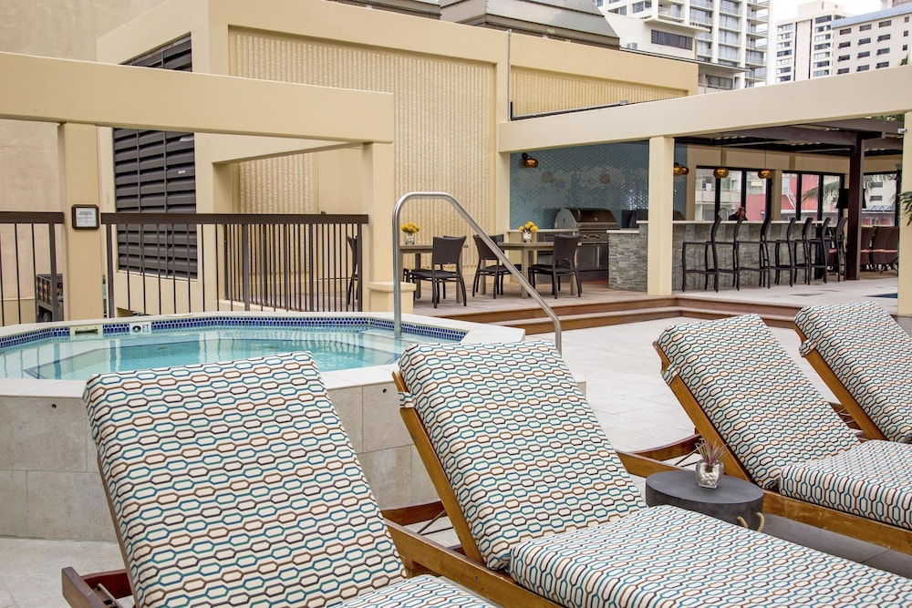 Pool, Aston Waikiki Beach Tower