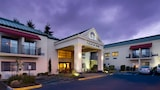 Best Western Plus Plaza by the Green - Kent Hotels