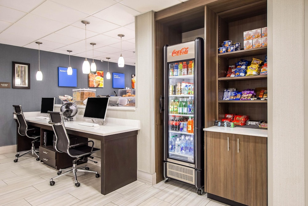 Snack Bar, Comfort Inn Greenville - Haywood Mall