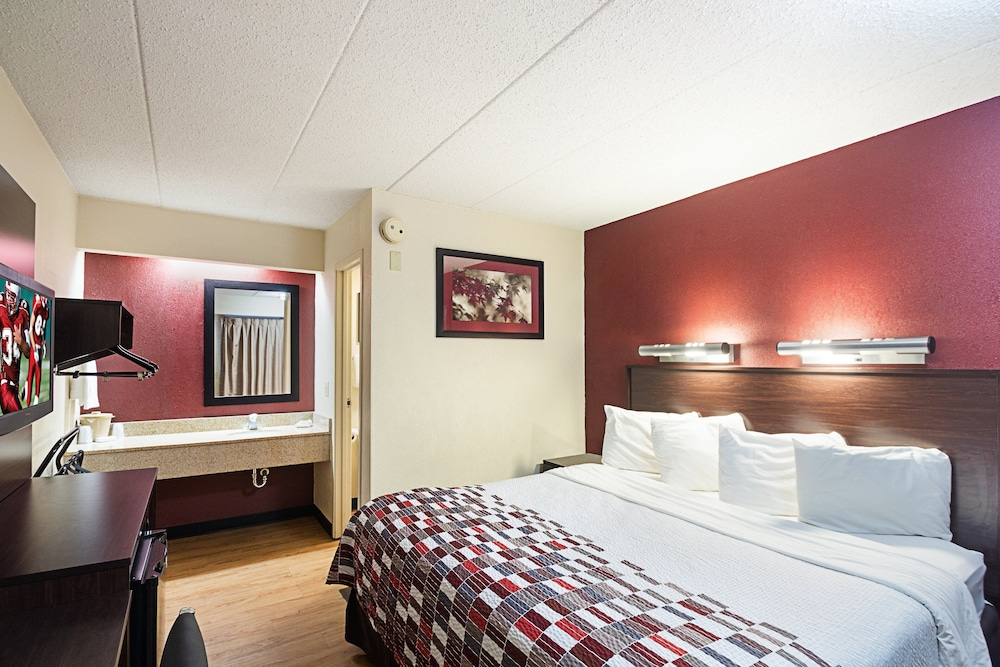 Room, Red Roof Inn Cincinnati East - Beechmont